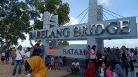 Liburan Tahun Baru 2020 di Batam, Ribuan Orang Padati Jembatan Barelang