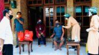 President Jokowi Inspects Door-to-Door Vaccination in East Java