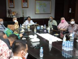Gubernur Pimpin Rapat Bahas Rencana Pembangunan Jalan di Senggarang